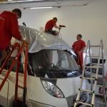 3D autofolie stříbrná metalíza na přední část obytného auta