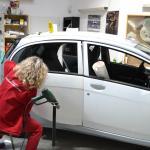 Autofólie bílá perleť a vínová matná metalíza
