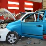 Celopolep 3D folií modrá metalíza Nissan Micra