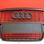 Černá matná folie a karbonová folie na masku Audi A6