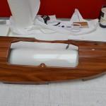 Dřevěná 3D autofolie na palubní desku veterána