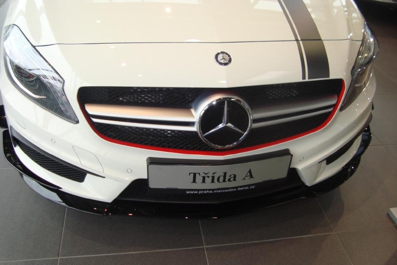3D fólie na vozu Mercedes Benz